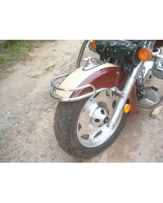 Suzuki LC / VL 1500 rám předního blatníku